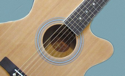 Woodstock electro-acoustic guitar bought from Rockstar Guitars in Blackheath